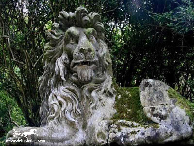 aslan heykeli